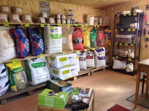 Shop for UK Horse Feed in France | White Horses Equestrian Products